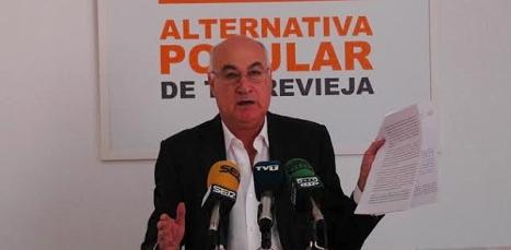 Soler en la rueda de prensa de ayer (F.R.)