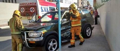 El gran tamaño del vehículo evitó daños mayores