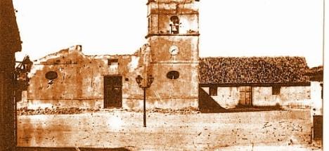 La antigua iglesia de Torrevieja en estado ruinoso en el año 1878. / Foto A. Darblade.