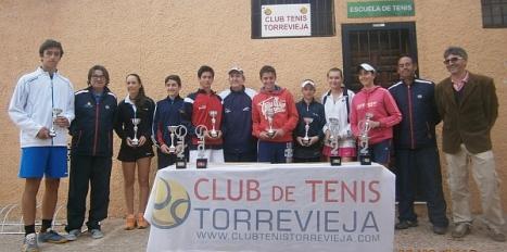 Equipo de C.T. Torrevieja y entrenadores