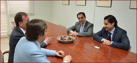 EL ALCALDE SE RE_NE CON EL PRESIDENTE DE LA AGENCIA FEDERAL DE EDUCACI_N DE RUSIA, SERGEY KRAVTSOV 2