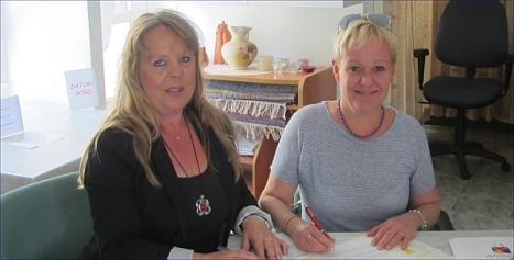 Firma Acuerdo 2015 entre, Carina Andersson-Caridad Salmerón