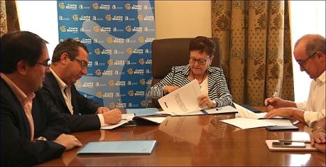 Firma del Convenio en Benidorm