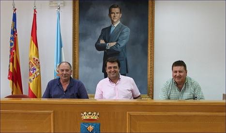 Manzanares con los representantes del sector del Taxi