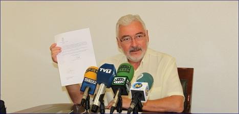 José Manuel Dolón,  en rueda de prensa