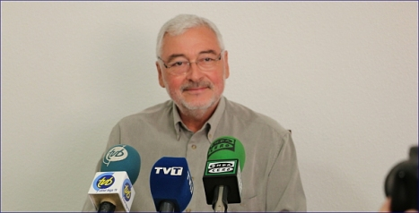 José Manuel Dolón ayer en rueda de prensa