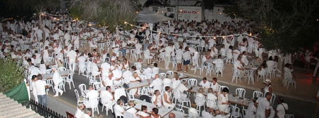 1-fiesta-blanca-1