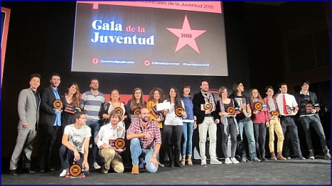 102915 Premios Juventud 2015