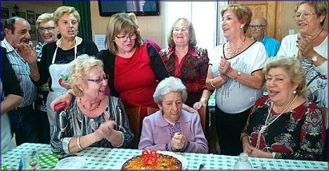 Álbum-Homenaje a Alejandra en su 95 cumpleaños