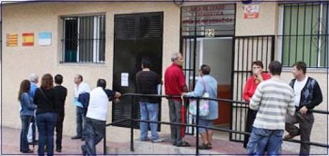 Oficina del Censo en calle Unión Musical Torrevejense