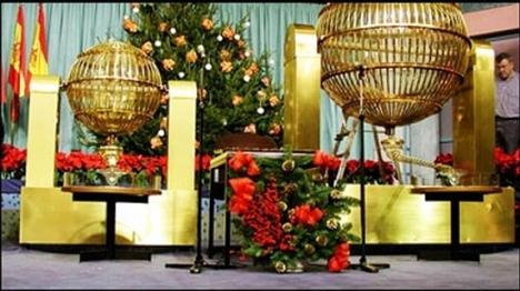 Loteria-Navidad-Foto-Lotocinco_MDSIMA20111215_0230_4