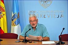 El alcalde ayer, en rueda de prensa (Foto: J. Carrión)