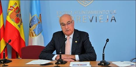 Domingo Soler, en rueda de prensa ayer (Foto: J. Carrión)