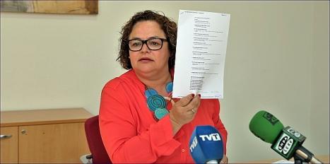 Carmen Gómez en la rueda de prensa de ayer (Foto: J. Carrión)