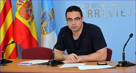 Víctor Ferrández en Rueda de Prensa, ayer. (Foto: J. Carrión)