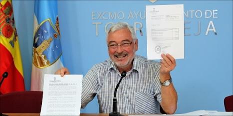 El alcalde, José Manuel Dolón, en rueda de prensa (Foto: J. Carrión)
