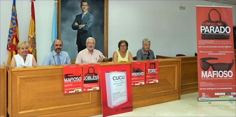 Rueda de prensa sobre la venta ilegal (Foto: J. Carrión)