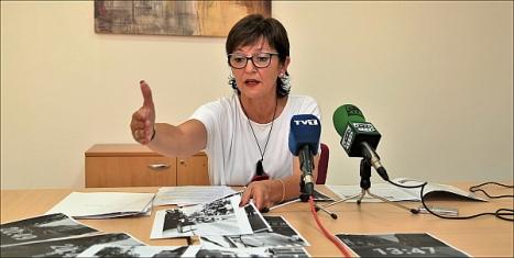 Hita Riera (PP), ayer en rueda de prensa (Foto: J. Carrión)