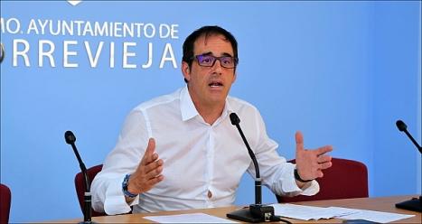 Alejandro Blanco (ST), concejal de cultura. (Foto: J. Carrión)