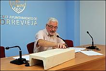 José Manuel Dolón en rueda de prensa ayer (Foto: J. Carrión)
