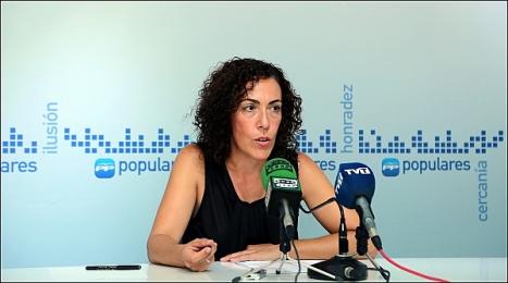 Rosario Martínez en rueda de prensa (Foto: J. Carrión)