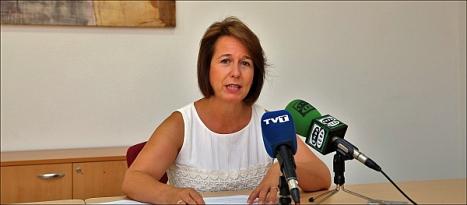 Inmaculada Montesinos (PP), ayer en rueda de prensa - Foto: Joaquín Carrión