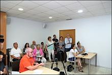 Casi todos los concejales del equipo de gobierno, presentes en l rueda de prensa (Foto: J. Carrión)
