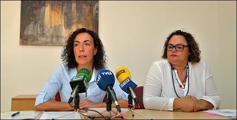 Rosario Martínez en la Rueda de prensa conjunta ayer (Foto: Joaquín Carrión)