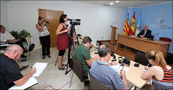 Aspecto de la Sala de Prensa, ayer durante la de Domingo Soler (APTCe) Foto: J. Carrión