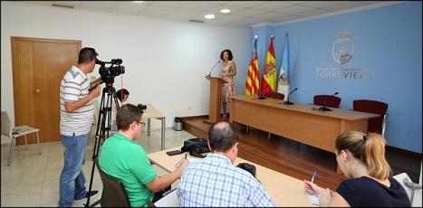 Fanny Serrano en la rueda de prensa de ayer (Foto: J. Carrión)