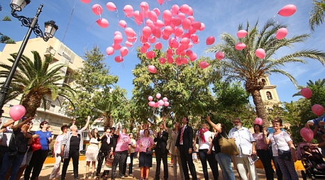 17-10-14-suelta-de-globos-cancer-hospital-quiri_n-238