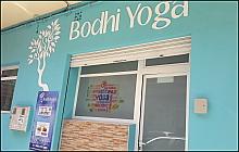 Web Bodhi Yoga. pinchando aquí