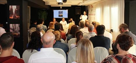 Asamblea de socios en uno de los salones del Hotel Masa Internacional(Foto: F.G.I