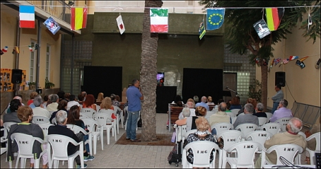 Celebrando el Dia de las Bibliotecas en Torrevieja