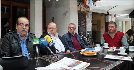 Miembros de la Directiva de la Cofradía, en la presentación (Foto: J. Carrión)