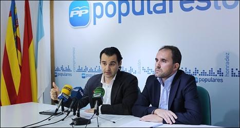 Eduardo Dolón y Paco Moreno, ayer en la rueda de prensa (Foto: J. Carrión)