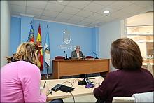 El alcalde J. Manuel Dolón ayer en rueda de prensa (Foto: J. Carrión)