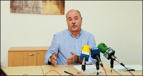 Tomás Ballester, ayer en rueda de prensa (Foto: J. Carrión)