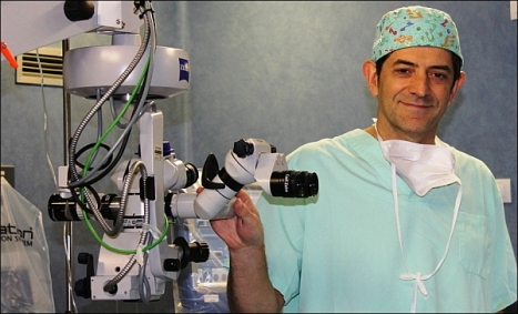 Dr. José Isidro Belda. Jefe de servicio oftalmología