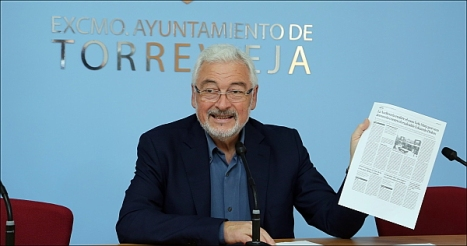 José Manuel Dolón, alcalde de Torrevieja (Foto: J. Carrión)