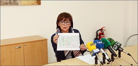 Hita Riera (PP) ayer en rueda de prensa (Foto: J. Carrión)