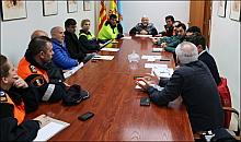 Reunión Junta de Seguridad. (Ver vídeo Náufragos) Aquí