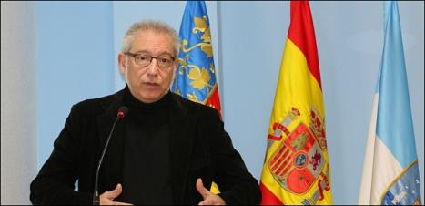 José Hurtado, actó ayer como portavoz del Gobierno