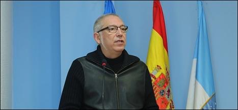 José Hurtado, ejerciño ayer de portavoz de la JGL, por la ausencia de Fanny Serrano (Foto: J. Carrión)